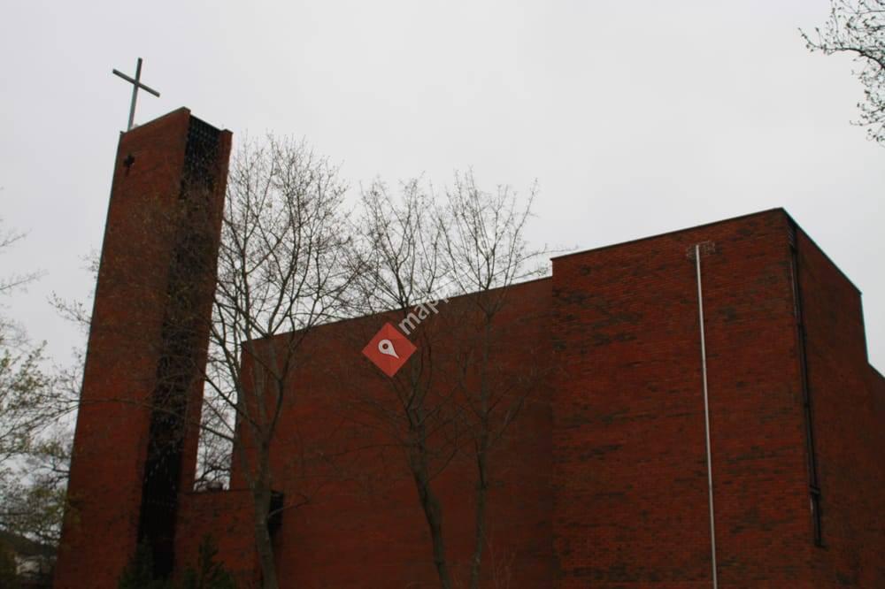 Bredtvet kirke
