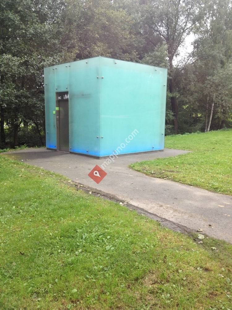 Det offentlige toalettet ved Myra